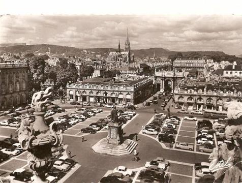 La place Stanislas dans les années 60-70 : le règne de la « bagnole »